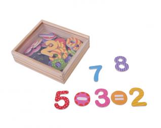 קופסת מספרים מגנטיים צבעוניים 45 יח' פיט טויס PIT TOYS